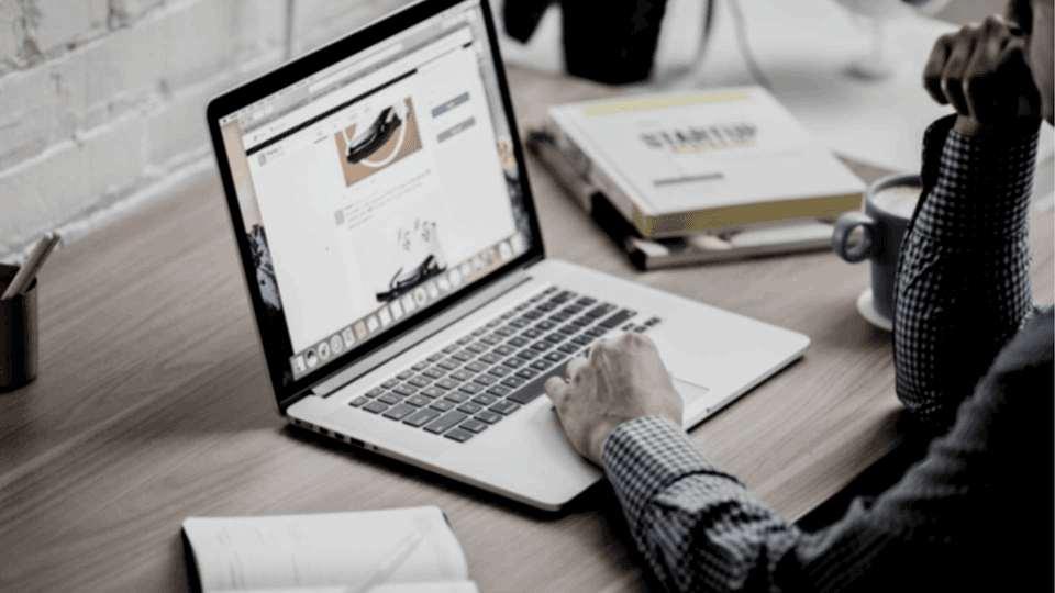 Laptop Web
